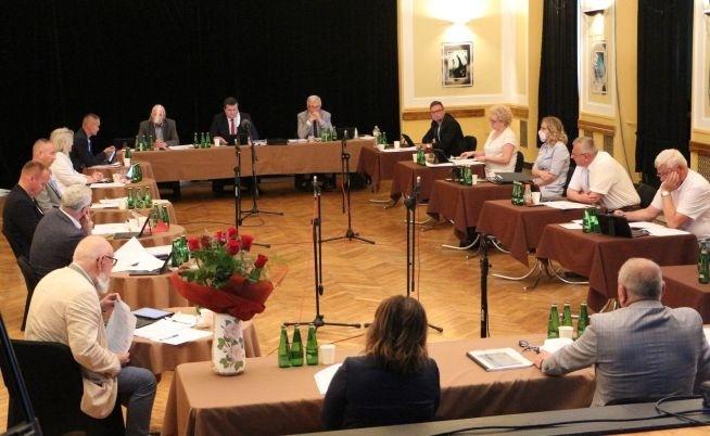 Informacja burmistrza z prac w okresie między sesjami